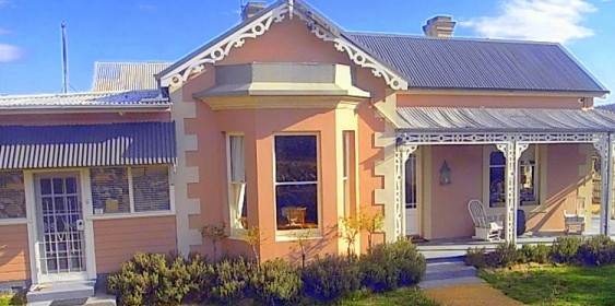 Cromwell House - Accommodation Kalgoorlie