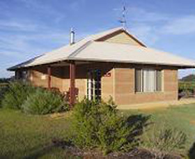 Adinfern Estate - Accommodation Kalgoorlie