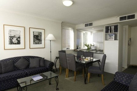 The Manor House - Accommodation Kalgoorlie
