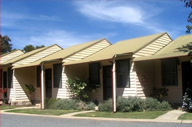 The Village Cabins - Accommodation Kalgoorlie