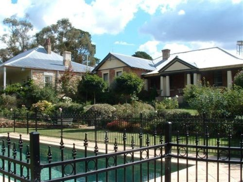 Chapel House - Accommodation Kalgoorlie