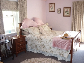 Old Colony Inn (Bed and Breakfast & Accommodation)