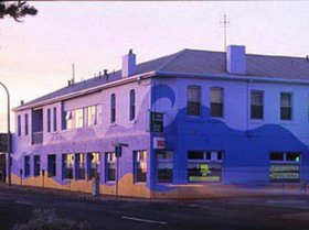 Beach Hotel - Accommodation Kalgoorlie