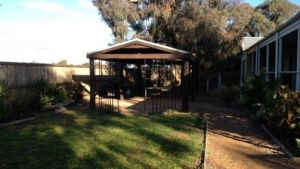 Yarrasackawonga - Accommodation Kalgoorlie