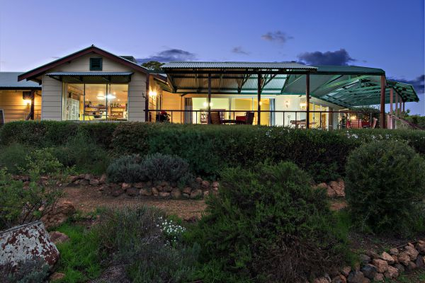 Shambhala Guesthouse - Accommodation Kalgoorlie