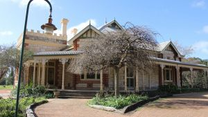 Cockburn House - Accommodation Kalgoorlie