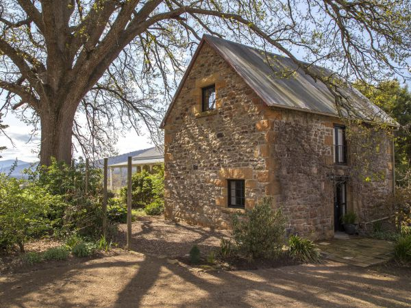 Farm Pod at Twamley Farm - Accommodation Kalgoorlie