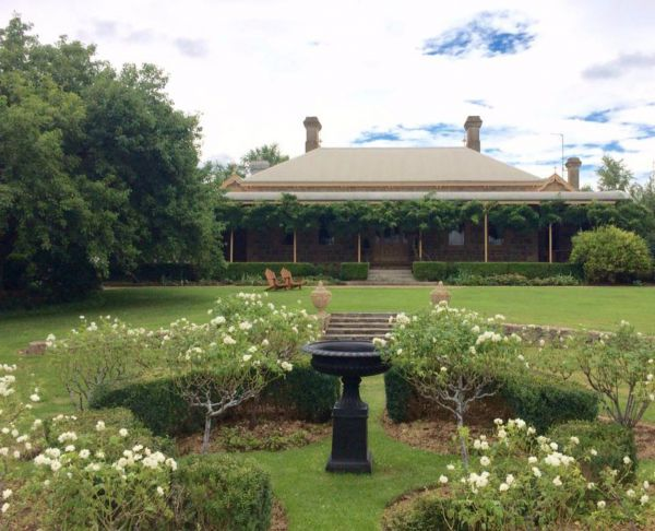 Clifton House and Gardens Farm Stay Accommodation - Accommodation Kalgoorlie