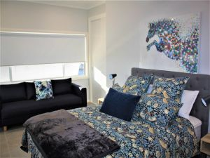 Coolah Shorts - Self Contained Apartments - Accommodation Kalgoorlie