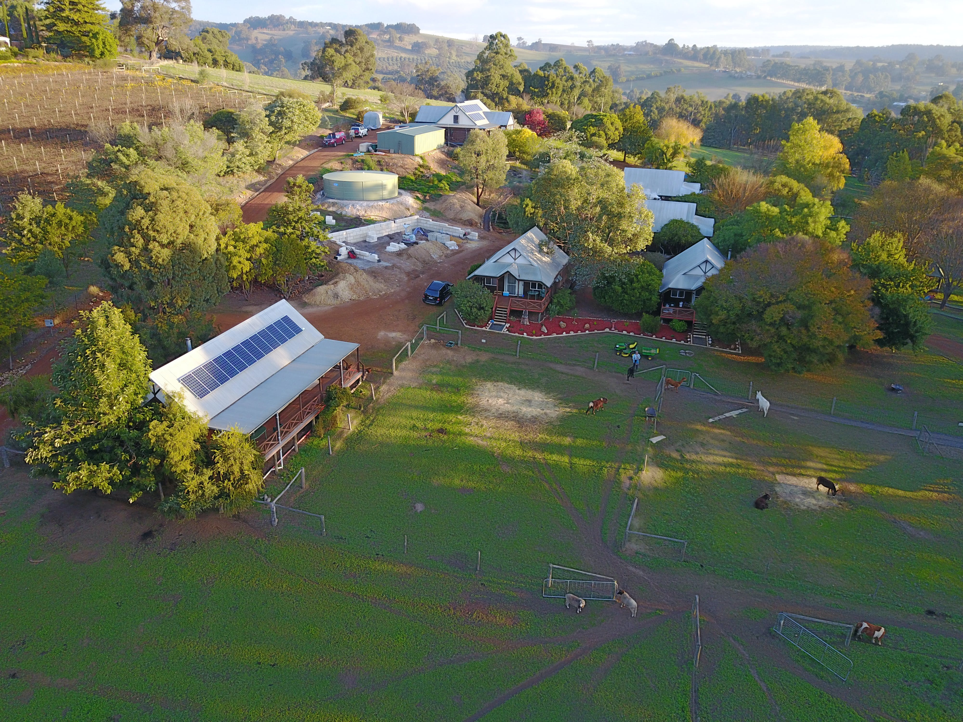 Sunnyhurst Chalets Farmstay - Accommodation Kalgoorlie