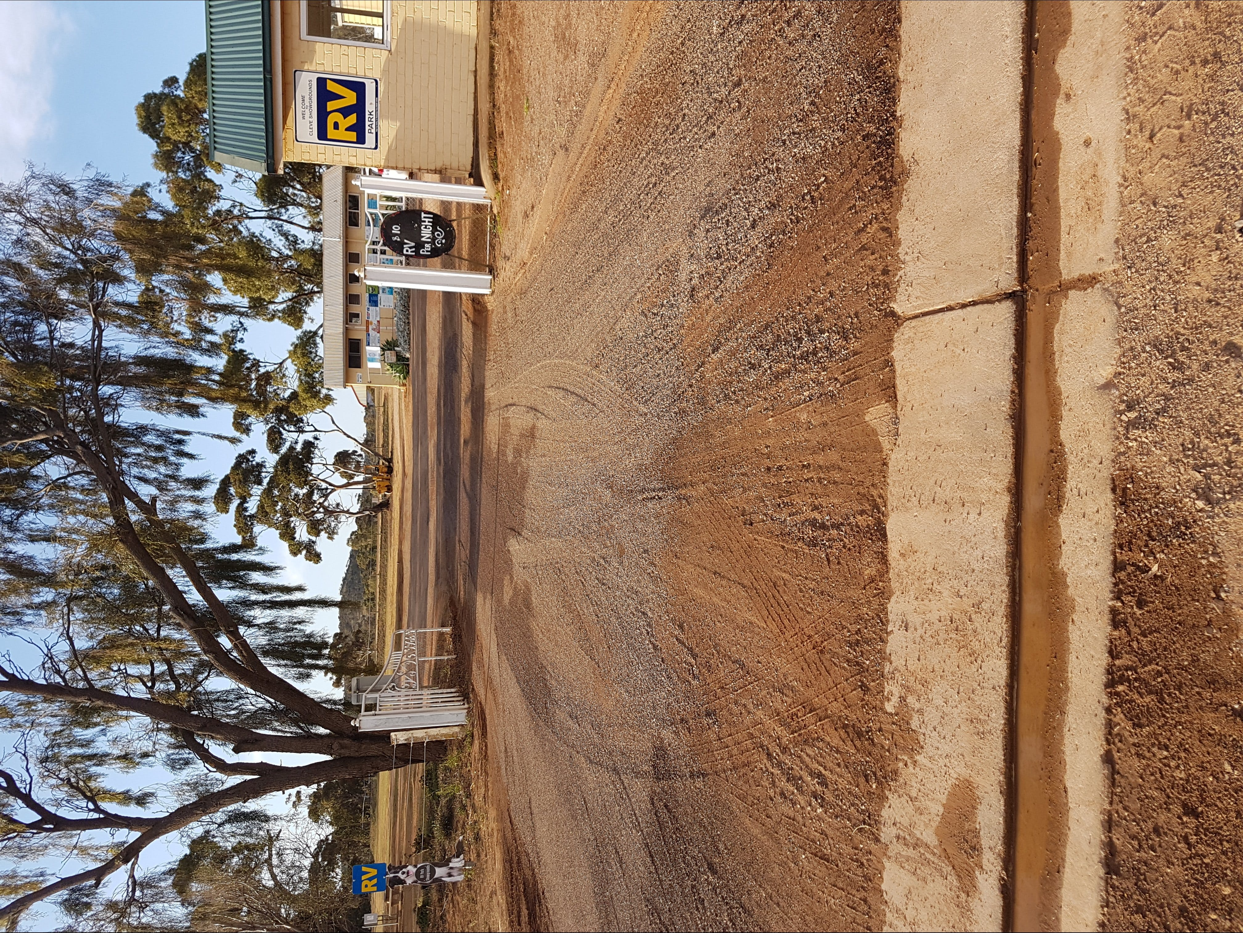 Cleve Showgrounds RV Park - Accommodation Kalgoorlie