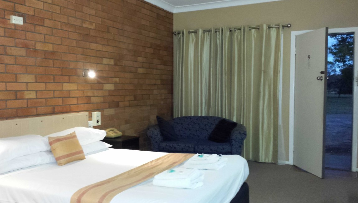 AA Hilldrop Motor Inn - Accommodation Kalgoorlie