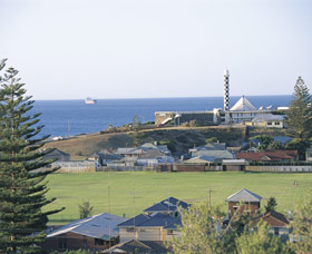 Lighthouse - Accommodation Kalgoorlie