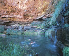 Dales Gorge and Circular Pool - Accommodation Kalgoorlie