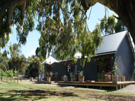 No. 58 Cellar Door  Gallery - Accommodation Kalgoorlie