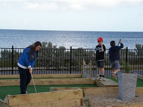 Port Vincent Putt Putt - Accommodation Kalgoorlie