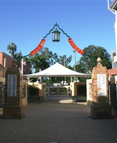 Gympie and Widgee War Memorial Gates - Accommodation Kalgoorlie