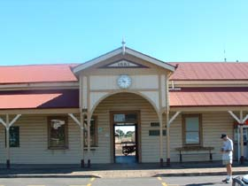 Maryborough Railway Station - Accommodation Kalgoorlie