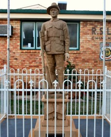 Soldier Statue Memorial Chinchilla - Accommodation Kalgoorlie
