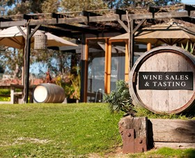 Saint Regis Winery Food  Wine Bar - Accommodation Kalgoorlie