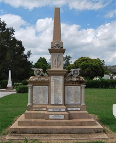 Boer War Memorial and Park Allora - Accommodation Kalgoorlie