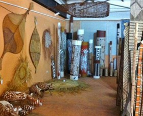 Maningrida Arts and Culture - Accommodation Kalgoorlie