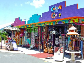 Colour Me Crazy - Accommodation Kalgoorlie