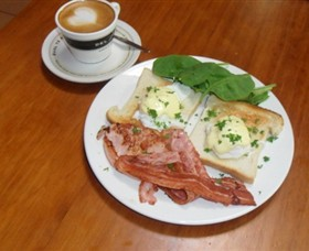 Breretons Bakery and Coffee Lounge - Accommodation Kalgoorlie