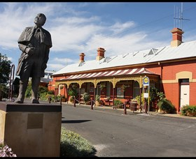 Forbes Railway Arts and Visitor Information Centre - Accommodation Kalgoorlie