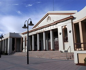 Moree Heritage and Art Deco Guided Walk - Accommodation Kalgoorlie