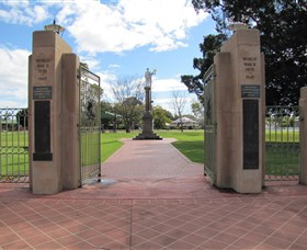 Goondiwindi War Memorial - Accommodation Kalgoorlie