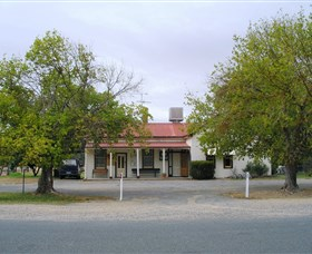 Round Hill Hotel - Accommodation Kalgoorlie