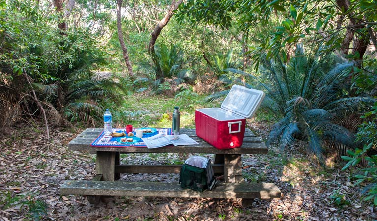 Little Llangothlin picnic area - Accommodation Kalgoorlie
