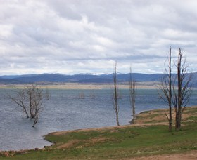 Lake Eucumbene - Accommodation Kalgoorlie