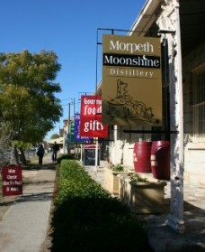 Morpeth Wine Cellars and Moonshine Distillery - Accommodation Kalgoorlie
