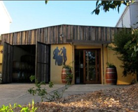 Inner City Winemakers - Accommodation Kalgoorlie