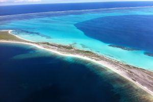 Abrolhos Islands Fixed-Wing Scenic Flight - Accommodation Kalgoorlie