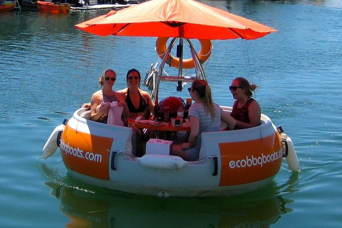 Self-Drive BBQ Boat Hire Mandurah - Group of 3 - 6 people - Accommodation Kalgoorlie