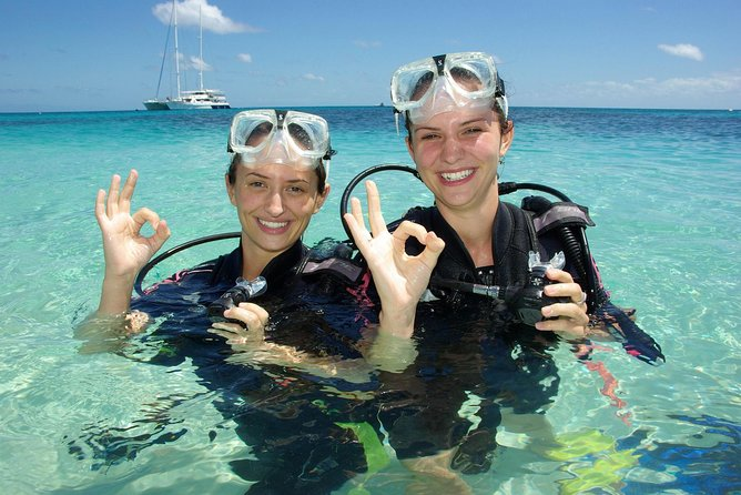 Ocean Spirit Michaelmas Cay Dive and Snorkel Cruise from Palm Cove - Accommodation Kalgoorlie