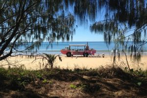 1770 Coastline Tour by LARC Amphibious Vehicle Including Picnic Lunch - Accommodation Kalgoorlie