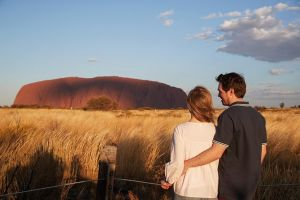 Uluru Ayers Rock Sunset with Outback Barbecue Dinner and Star Tour - Accommodation Kalgoorlie