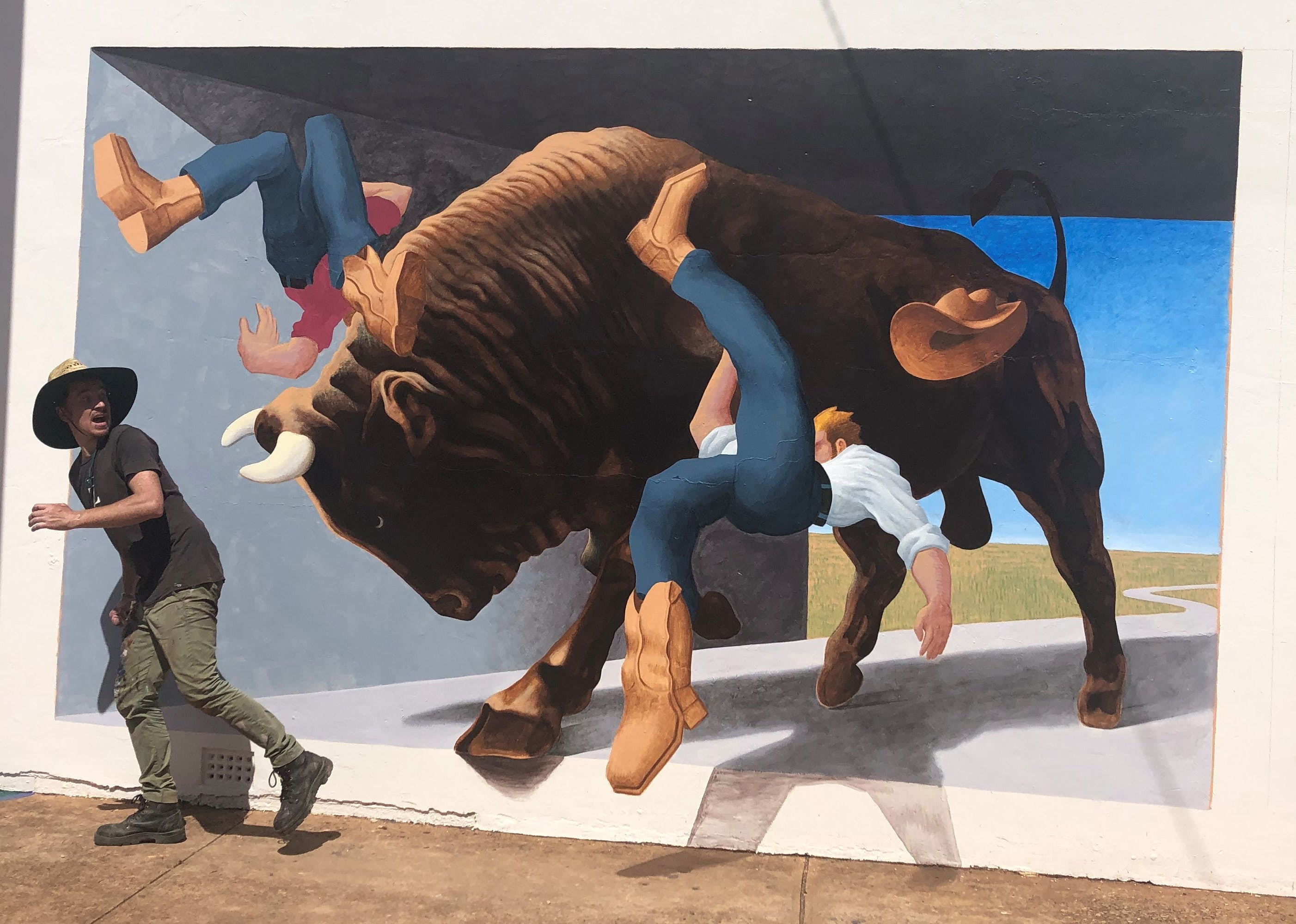 Big Bull Mural - Accommodation Kalgoorlie