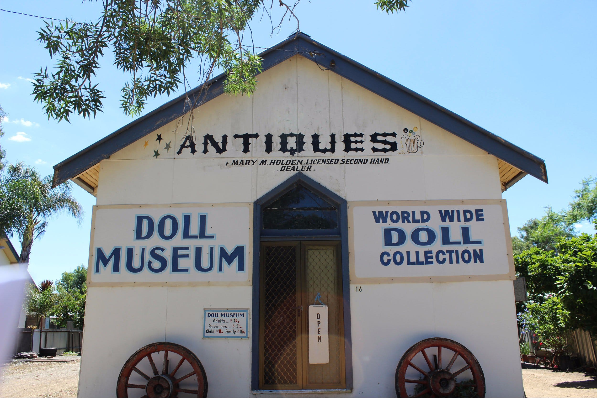 Gerogery Doll Museum - Accommodation Kalgoorlie