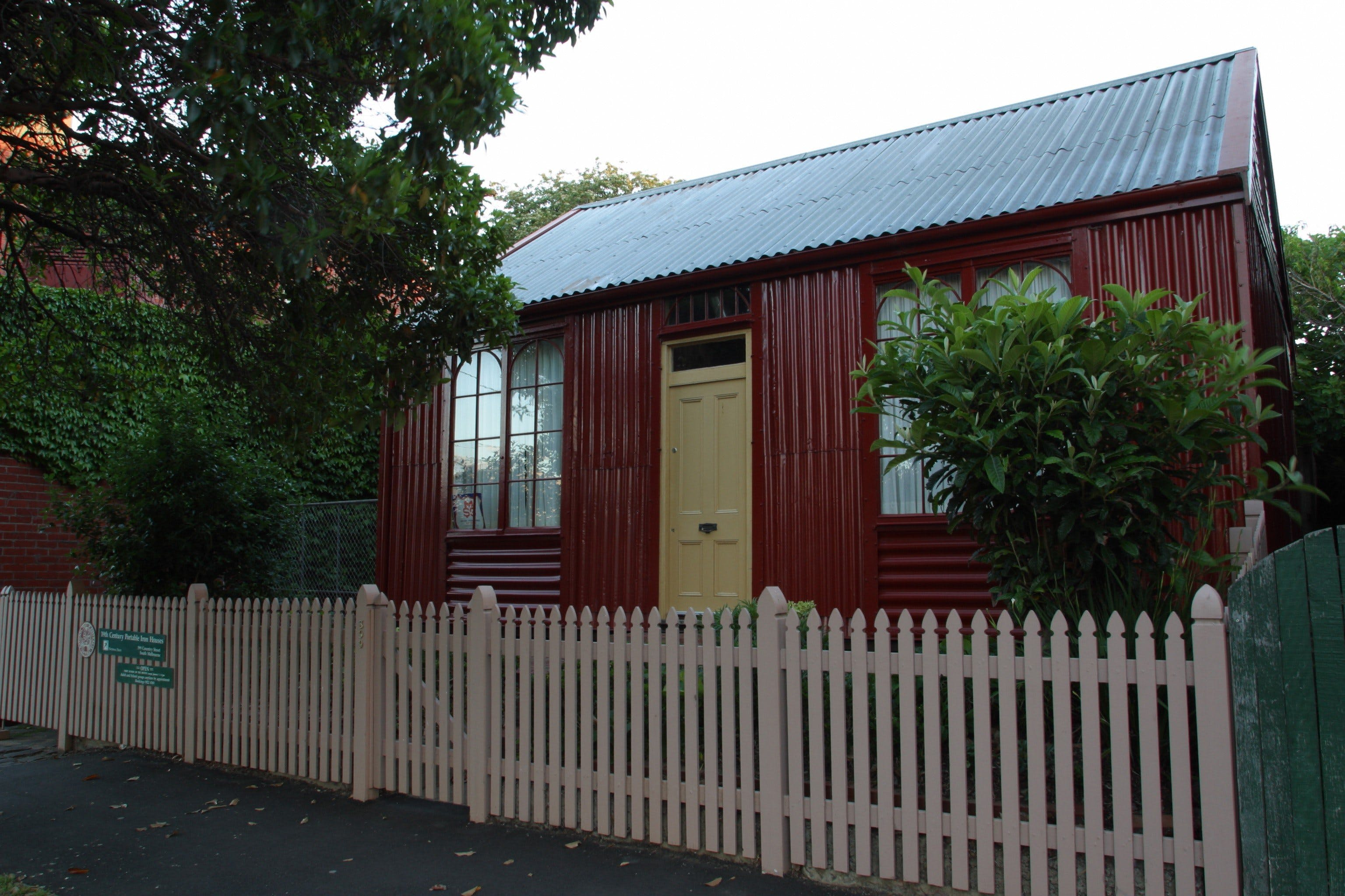 Portable Iron Houses - Accommodation Kalgoorlie