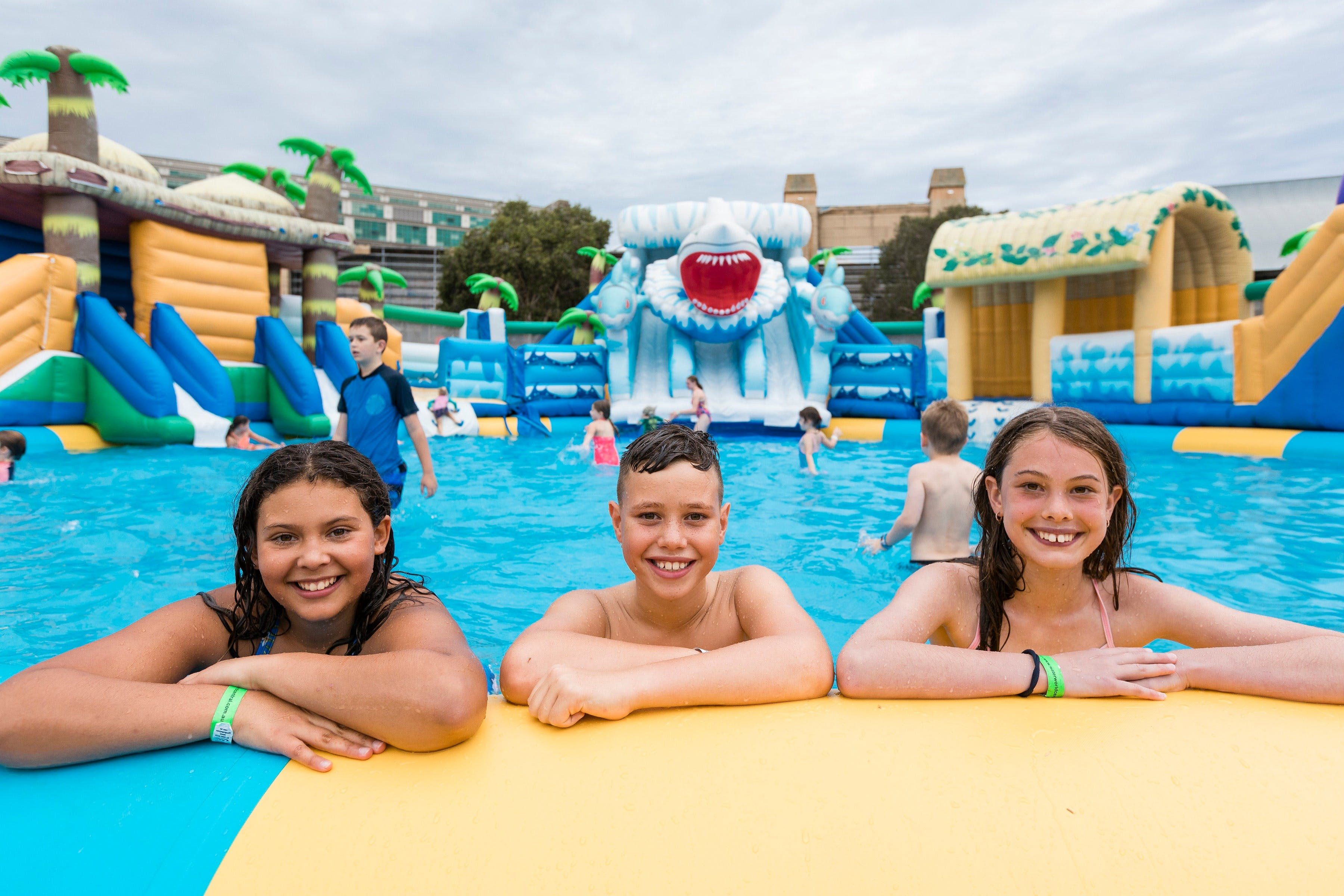 Waterworld Central - Mobile Inflatable Waterpark - Accommodation Kalgoorlie