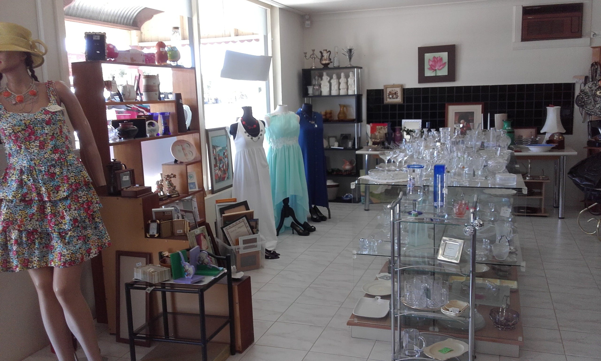 Hunters Haven Anglican Op Shop - Accommodation Kalgoorlie