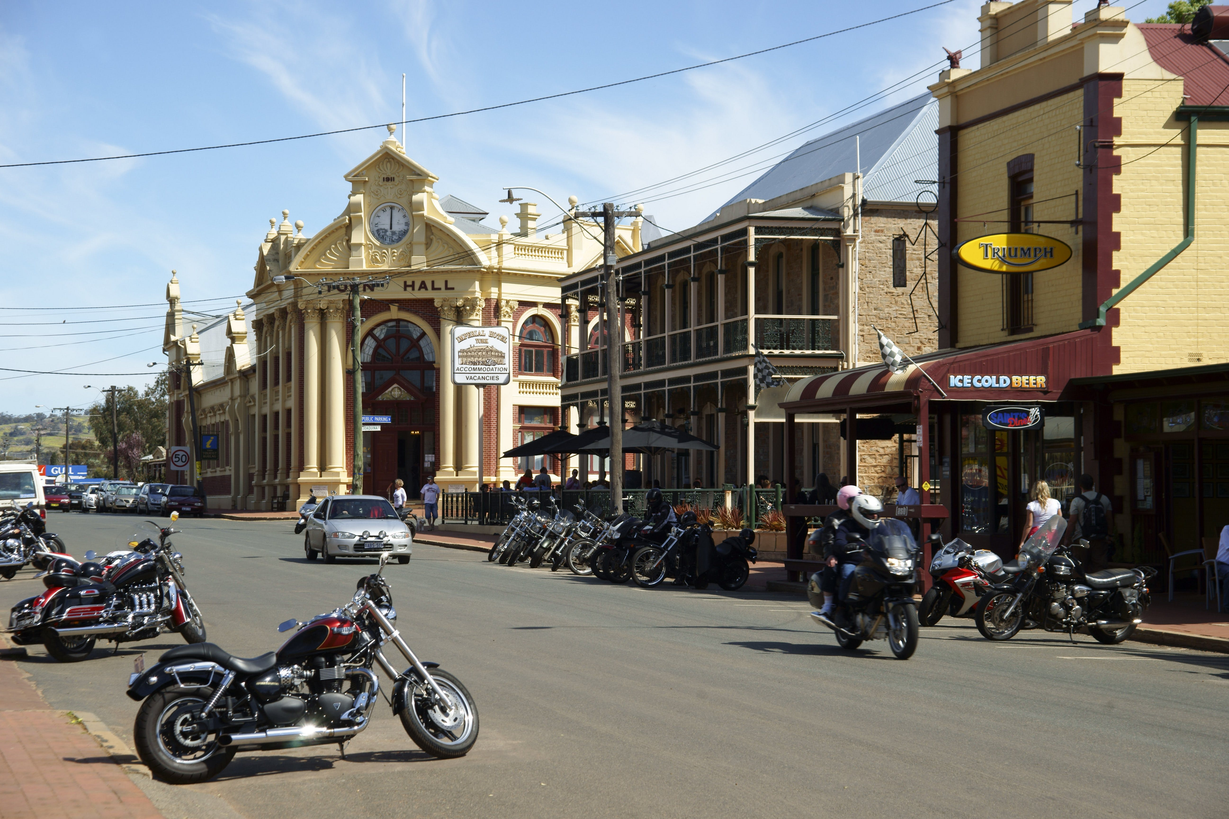 York Town Hall - Accommodation Kalgoorlie