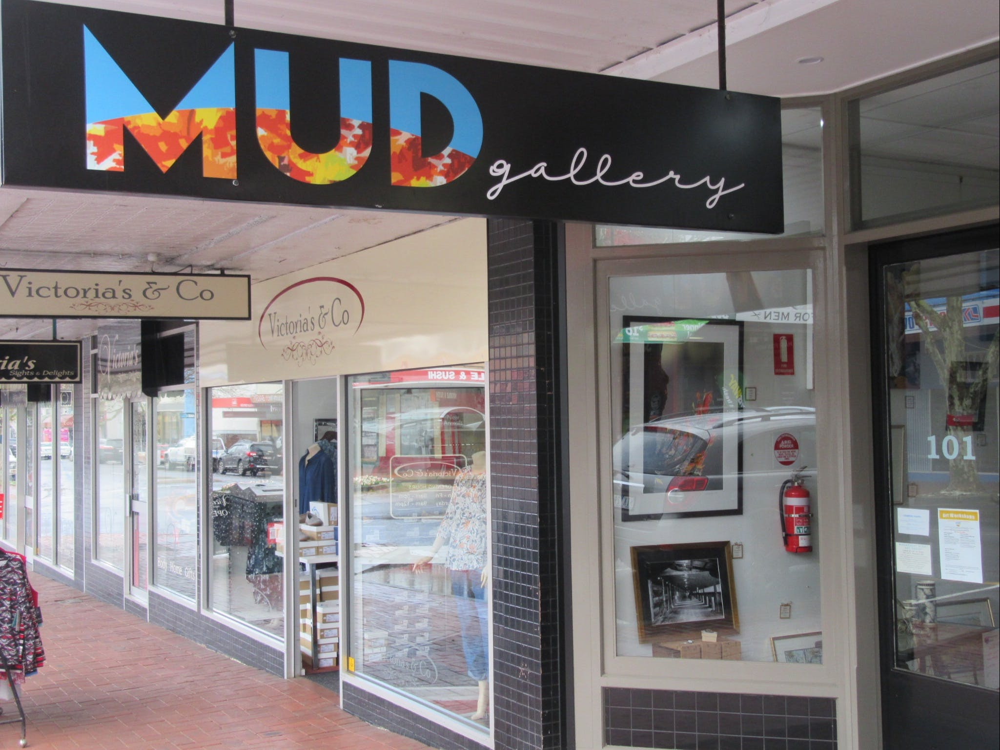 MUD Gallery - Accommodation Kalgoorlie