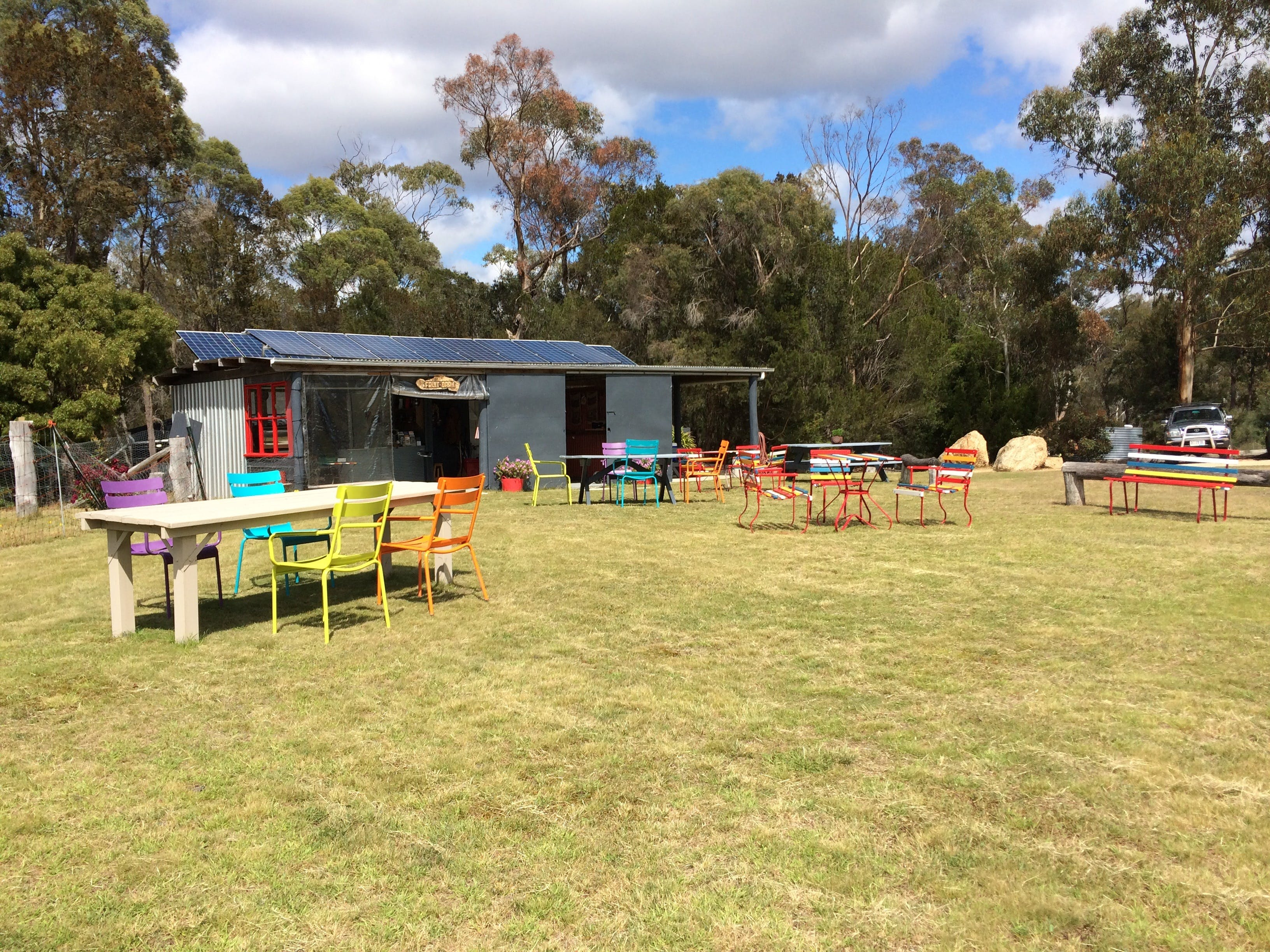 Cerisebrook Orchard and Family Golf - Accommodation Kalgoorlie