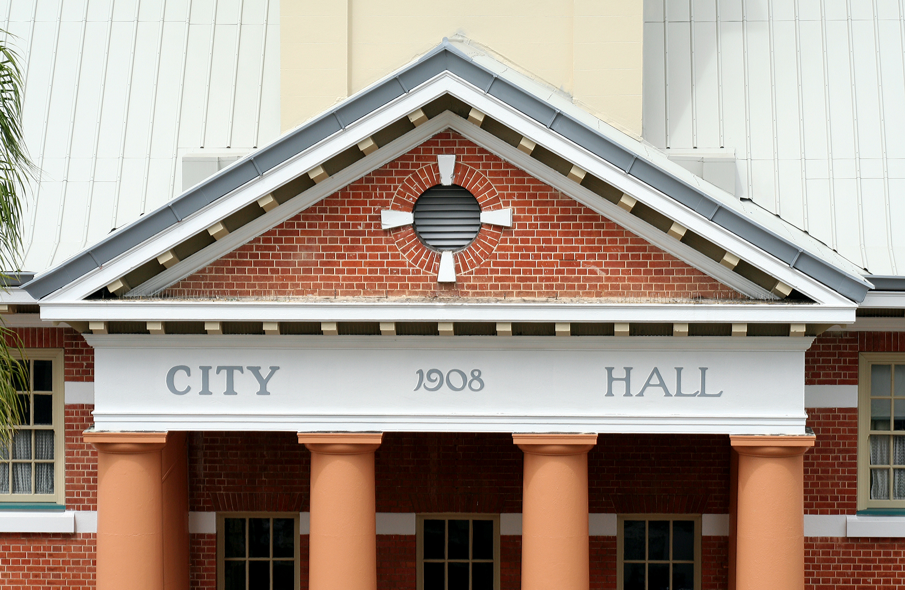 Maryborough City Hall - Accommodation Kalgoorlie